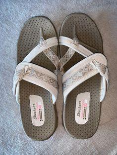 4cdf33433f21b1 Sketchers Womens Reggae Rasta Flip Flop Sz 10 NWOT  fashion  clothing   shoes  accessories  womensshoes  sandals (ebay link)