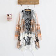 Vintage Fashion Style 70s Knit Gypsy Design BOHO Shawel Sweater Jacket w/Tassel Fringe Trim 3 Colors One Size