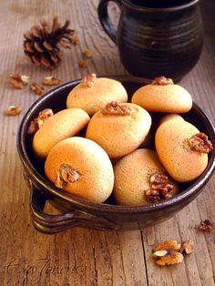 Bulgarian Honey-Spice Cookies - Medenki.