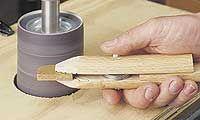 Ah! E se falando em madeira...: grampo para pequenas peças