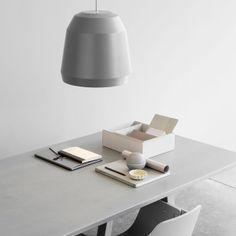 Lightyears Pendelleuchte Mingus P2, very grey. #artvoll #Designer #CecilieManz www.artvoll.de