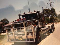 Western Star Trucks, White Truck, Big Rig Trucks, Old School, Classic, Derby, Classic Books, Semi Trucks, Big Trucks