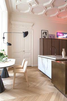 Interior Design Apartment Trocadero by Rodolphe Parente, Paris. Interior Desing, Apartment Interior Design, Kitchen Interior, Interior Design Living Room, Interior Inspiration, Interior Architecture, Fine Furniture, Contemporary Furniture, Minimalist Bathroom Design