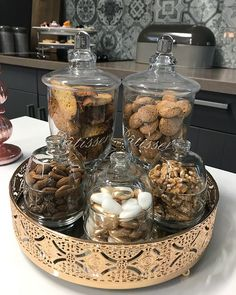 Inspirations – Ilham Home Decorations - Kitchen - Best Kitchen Decor! Kitchen Jars, Kitchen Island Decor, Home Decor Kitchen, Kitchen Design, Kitchen Organization Pantry, Home Organization, Arabian Decor, Coffee Bar Home, Food Decoration