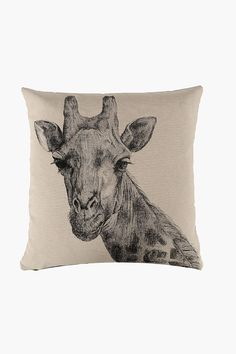 This tapestry scatter cushion with a giraffe detail will certainly refresh the look of your living space with its rustic influence. Scatter cushions are a