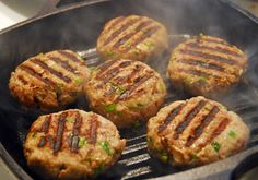 Turkey burgers that work for any phase! Grill these without oil for Phase 1 and Phase 2 of The Fast Metabolism Diet. Fast Metabolism Recipes, Hcg Diet Recipes, Fast Metabolism Diet, Bariatric Recipes, Metabolic Diet, Healthy Recipes, Bariatric Eating, Pureed Recipes, Ketogenic Recipes