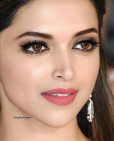 how to get thick eyelashes like deepika padukone, thick eyelashes tips, Deepika Padukone beauty tips, deepika padukone eyes makeup tutorial, thick eyelashes Beautiful Bollywood Actress, Beautiful Indian Actress, Beautiful Actresses, Bollywood Style, My Beauty, Beauty Women, Asian Beauty, Pretty Face, How To Look Pretty