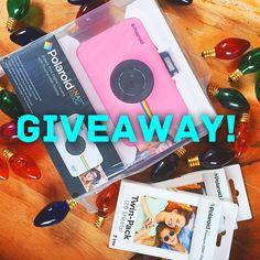 Polaroid Instant Print Digital Camera Giveaway
