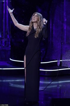 Celine Dion Performs In Thigh Split Gown At Frank Sinatra Concert Wedding SongsCeline