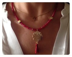 Bordeaux necklaces