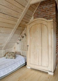 Romantic wooden cottage – Adorable Home Wood Interiors, Cottage Interiors, Cottage Homes, Country Interiors, Wooden Cottage, Shabby Cottage, Mobile Home Addition, Weekend House, Bedrooms