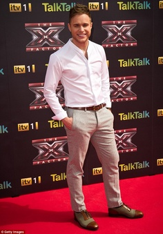 Caroline Flack's 'TV husband' Olly Murs confirms he's quit The Xtra Factor Pop Musicians, Pop Singers, Bae, Olly Murs, Caroline Flack, Well Dressed Men, Dream Guy, Music Love, Famous Faces
