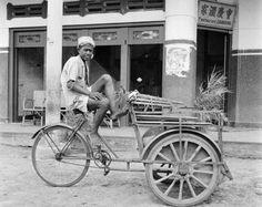becak th 1920 an, rodanya masih kayu