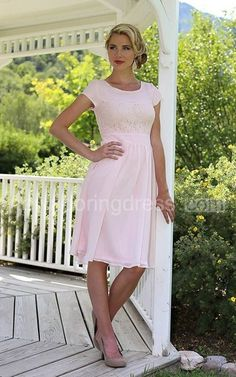 Short Sleeve Knee-length Dress With Lace Embellishment - Newadoring Dress