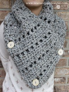 The Katie Button Cowl || FREE CROCHET PATTERN by Rescued Paw Designs
