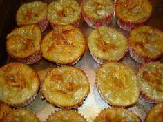 Taro Custard Taro Recipes, Desert Recipes, Custard, Deserts, Muffin, Breakfast, Food, Morning Coffee, Cream