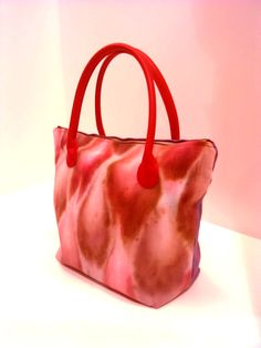 Hand painted canvas bag Painted Canvas Bags, Fashion Displays, Madewell, My Design, Tie Dye, Tote Bag, Diy, Fashion Design, Style