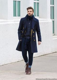 36 Beautiful And Delicate Winter Outfits To Copy Right Now Style Casual, Men Casual, Men's Style, Man's Overcoat, Mens Winter Coat, Winter Coats, Moda Chic, Men Style Tips, Gentleman Style