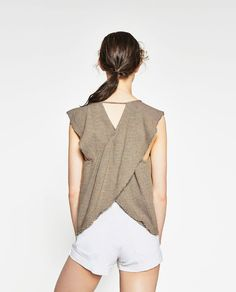 CROSSOVER BACK TOP