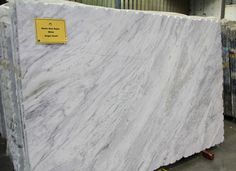 Granite 1 - New Super White. Chantilly.