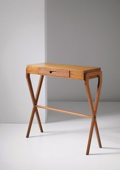 Gio Ponti; Oak and Pear Wood Console by Roncoroni, c1940.