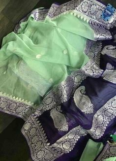 Cotton Saree Designs, Silk Saree Blouse Designs, Saree Blouse Patterns, Fancy Blouse Designs, Chiffon Saree Party Wear, Saree Trends, Organza Saree, Pure Silk Sarees, Pure Georgette Sarees
