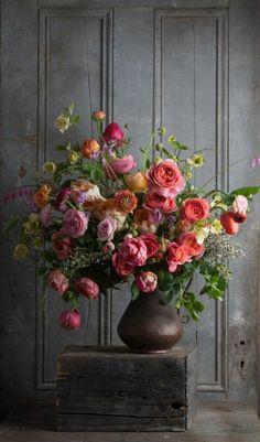 68 floral arrangement ideas- Flower composition perfect for painting - Flower Arrangement Designs, Fall Flower Arrangements, Flowers Roses Bouquet, Fall Flowers, Wedding Flowers, Draw Flowers, Flower Bouquets, Flowers Nature, Bridal Bouquets
