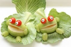 Healthy Snacks That Are Almost Too Cute To Eat! Healthy Snacks That Are Almost Too Cute … Monster Munch, Veggie Art, Creative Food Art, Bento Recipes, Kids Menu, Edible Food, How To Eat Better, Best Fruits, Fruit Art