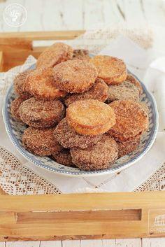 Cocinando entre Olivos: Galletas fritas rellenas de crema. Receta paso a p...