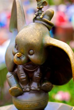 Dumbo, Magic Kingdom, Walt Disney World. The one character that will hold a special place in my heart forever. Love ya little guy!
