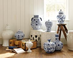 i want these blue and white jars!
