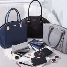 Whatever your style, our range of premium tech accessories answers the needs of the modern Business women! Our collection of coordinating Luxe Laptop bags and accessories enable you to transition seamlessly from work to play in effortless Laptop Messenger Bags, Laptop Backpack, Laptop Bags, Best Work Bag, Laptop Bag For Women, Minimalist Bag, Leather Laptop Bag, Waterproof Backpack, Bag Accessories