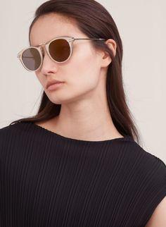 GRACE | Aritzia Cat Eye Sunglasses, Round Sunglasses, Sunglasses Women, Eyewear, Eyes, Stylish, Accessories, Fashion, Glasses