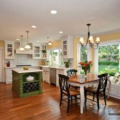 Country Kitchen Design Ideas, Pictures, Remodel, and Decor - page 5