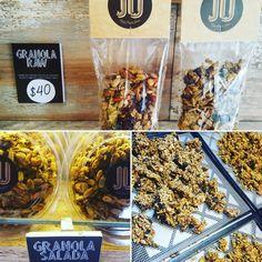 Ya probaste nuestras granolas raw? Dulce o salada...con toda la energía de las frutas secas y semillas activadas y la mejor combinación de sabores...#raw #rawfood #rawvegan #govegan #glutenfree #granola #semillas #seeds #almendra #almond #nueces #nuts #caju #cashew #comidasaludable #comidasana #salud #vida #health #healthyfood #healthylife #comfortfood #fitness #natural #snack