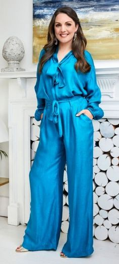 """martin on Twitter: """"Well hello laura!… """" Holly Willoughby, Jumpsuit, Shit Happens, Dresses, Fashion, Overalls, Vestidos, Moda, Fashion Styles"""