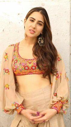 Bollywood Actors, Bollywood Fashion, Sara Ali Khan, Fashion Idol, Kareena Kapoor Khan, Jacqueline Fernandez, Indian Beauty Saree, Beautiful Indian Actress, Indian Girls