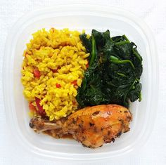 Let's make it quick...but tasty! Check out this meal prep suggestion: yellow rice with red bell peppers, rosemary lemon chicken and steamed spinach.