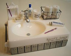 Dollhouse bathroom sink