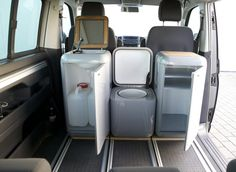Travel ~ The BuddyBox represents a smaller, more flexible modular van conversion option. Not only can BuddyBoxes convert your van into a full camper, they can make it a tailgating party wagon, a picnic in the park, a sports support vehicle and more. Mini Camper, Vw Camper, Camper Trailers, Minivan Camping, Truck Camping, Tent Camping Beds, Camping Water, Camping Store, Camping Cabins