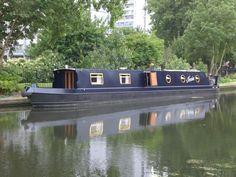 Jessie the Narrow boat. #Bedandbreakfast #appartement in Londen. Deze zogenaamde narrowboat   is een 4 tot 6 persoons #accommodatie die in de stad Londen gehuurd kan worden voor €193,- per nacht. Een bijzondere tintje aan uw bezoek van Londen.