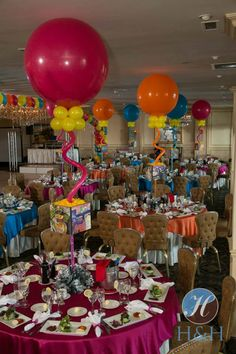 Art Themed Bat Mitzvah with Photo Cube Centerpieces