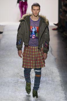 Jeremy Scott Fall 2017 Ready-to-Wear Fashion Show - Zack Riddle