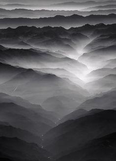 Brouillard sur la montagne.