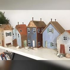 Clay Houses, Ceramic Houses, Miniature Houses, Wooden Houses, 2x4 Crafts, Home Crafts, Small Wooden House, Driftwood Crafts, Timber House