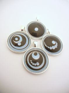 Awesome Lorien Legacies Garde pendants for I am Number Four fans!