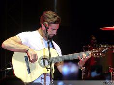 Kendji Girac en concert à Juan-les-Pins – © Emilie Nowicki – www.aficia.info