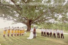 An I mean really... if you're going to decorate the outdoors, why not decorate your wedding party while you're at it!