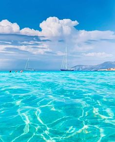 KoufonisiaGreeceInformationAddress:Ammos Beach, Koufonisi 843 00, GreeceMapTripadvis... Sailing Greece, Cruise Italy, Yacht Vacations, Sailing Holidays, The Beach, Italy Holidays, Boat Rental, Greece Travel, Dreams