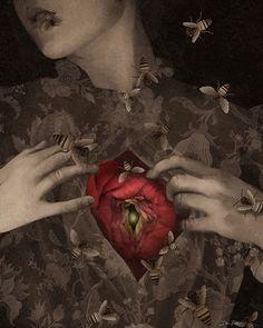 Queen bee-Daria Petrilli Dark Pictures, Dark Pics, Big Draw, Art Costume, Costumes, Surrealism Painting, Italian Artist, Queen Bees, Dark Art